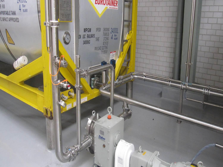 Obtenga más información sobre nuestros contenedores cisterna para almacenamiento
