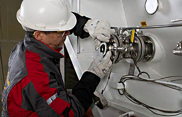 Наши услуги поддерживают и упрощают процесс лизинга резервуаров Узнайте о наших услугах