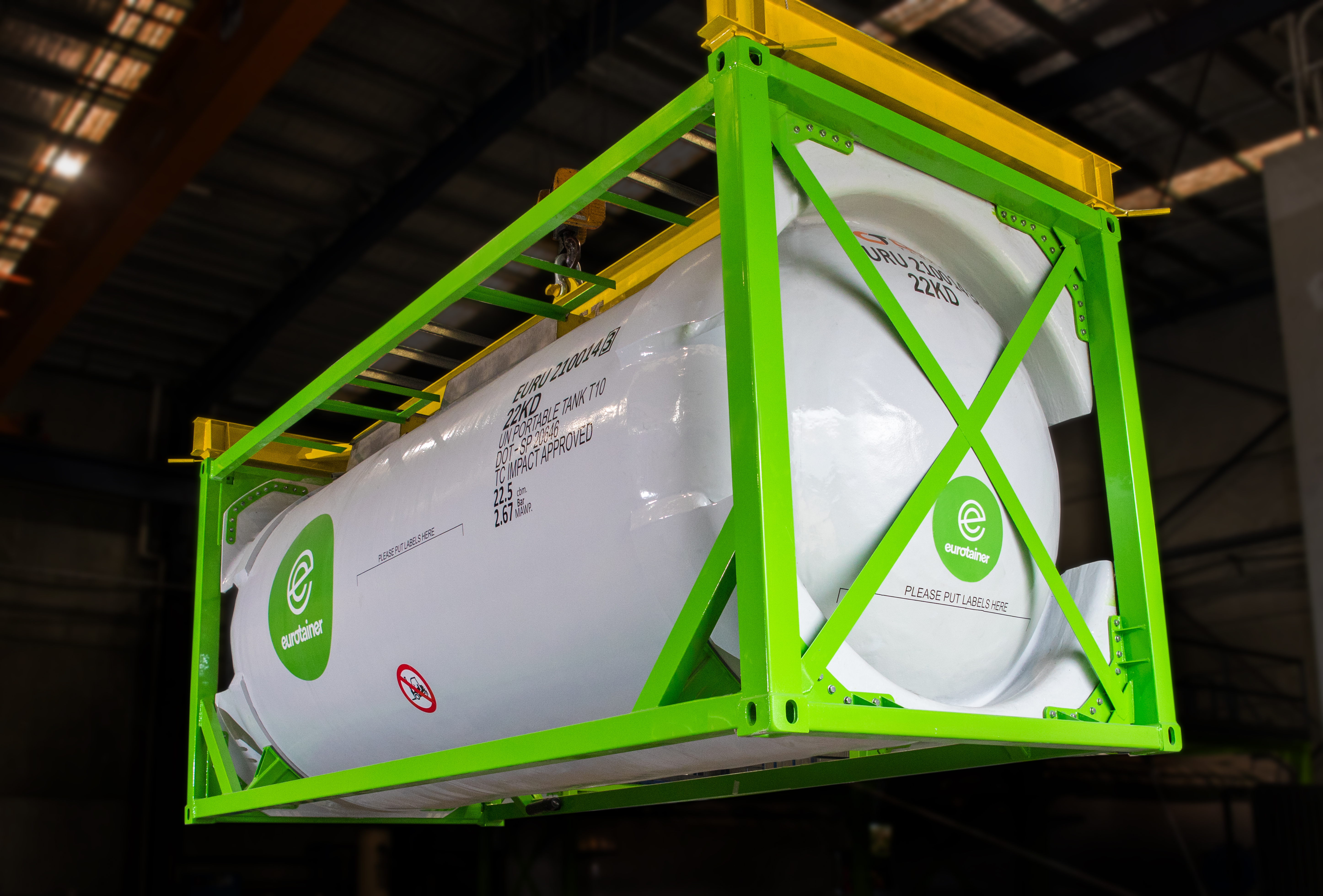 High technology composite tanks with exceptional chemical resistance