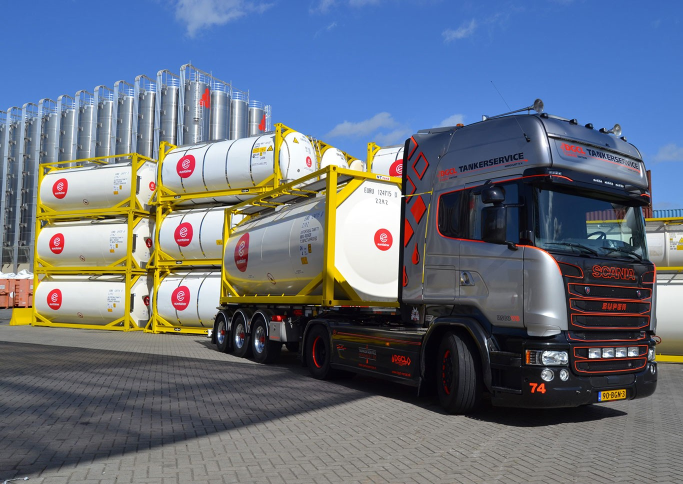 Renewing our fleet with the latest innovations in tank container design